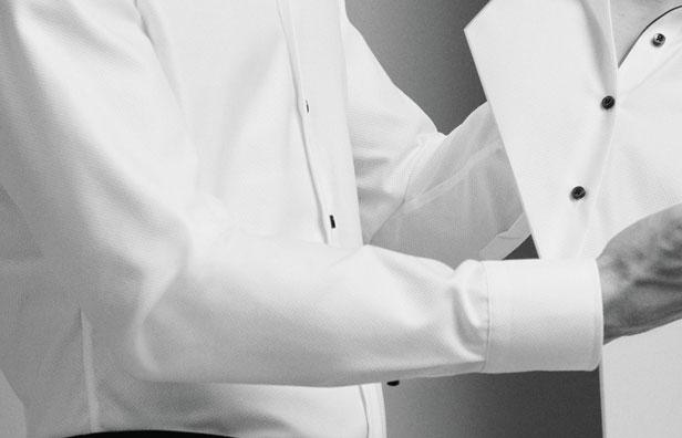 Langærmet herreskjorte