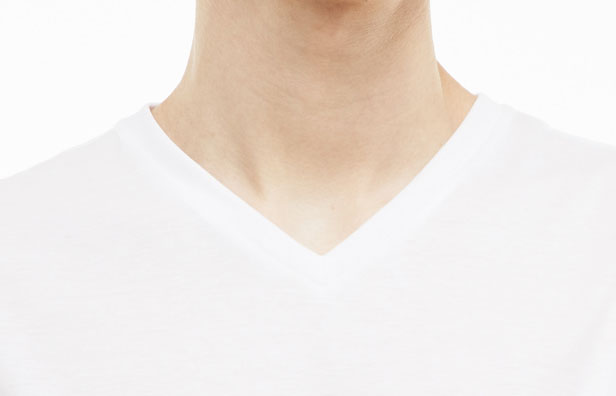 T-shirts med V- hals til mænd